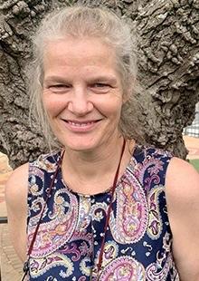 Roselynn Byrnes - Grade Two Educator